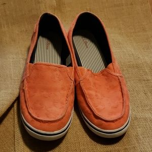 LL Bean peach colored slip on canvas shoes size 10